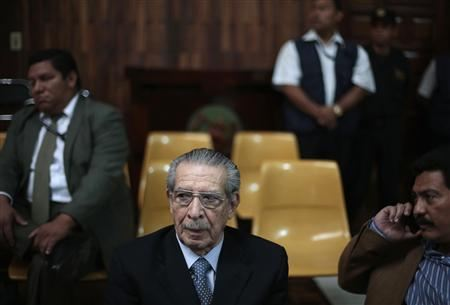 Reuters/Reuters - Former Guatemalan dictator Efrain Rios Montt (C) attends the last session of his genocide trial at the Supreme Court of Justice in Guatemala City May 10, 2013. REUTERS/Jorge Dan Lopez