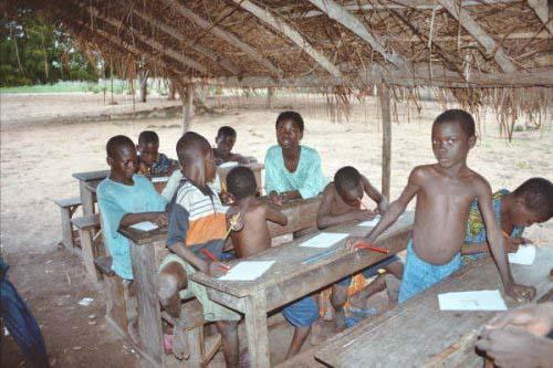 écoliers ivoiriens - conséquences de la guerre de Dramane contre la Côte d'Ivoire