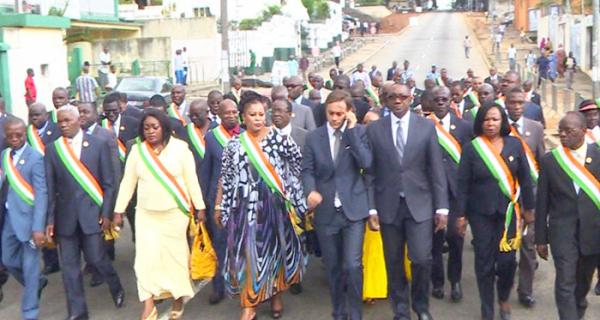 Attentat de Paris: marche de soutien des députés ivoiriens